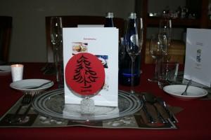 Feestelijk gedekte kersttafel